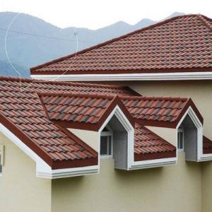 Structure en acier recouvert de pierre de matériaux de construction les tuiles du toit de métal