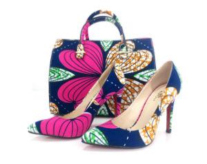 Bolsas de telas impresas africana y la coincidencia de zapatos