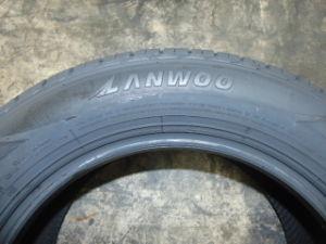 Marque Lanwoo SUV PCR avec une bonne qualité des pneus