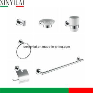 Baignoire en céramique durables du matériel sanitaire défini avec finition chromée