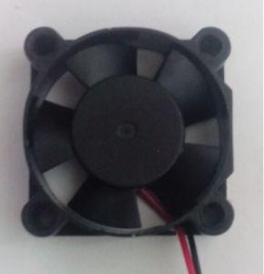 Basse tension 3,3 V DC 5V 30x30x10mm 30mm Petits micro Axial Flow prix d'usine du ventilateur de refroidissement