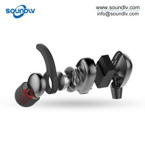 無線ステレオのBluetoothを実行する首の可動装置はヘッドホーンのヘッドセットのイヤホーンを遊ばす