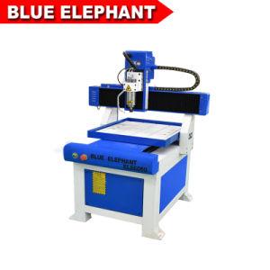 表移動CNCのルーター6060 2.2kw水冷却スピンドル柔らかい金属の彫版機械