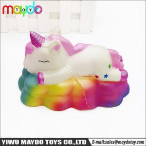 La nube Squishy dell'unicorno della novità ha sentito il giocattolo aumentante lento di compressione