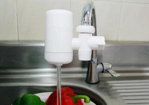 世帯の使用の水道水フィルター陶磁器のコック水清浄器