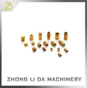 Connecteur du contacteur d'usinage CNC en laiton laiton l'écrou spécial