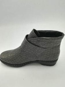 Mode de vente chaude mature de confortables chaussures femmes 26