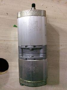 Pompe hydraulique à engrenages pour chargeur sur roues 705-51-20070 Wa180