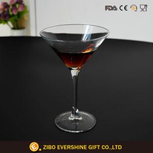 熱い販売のガラスコップの結婚披露宴の装飾的なワイングラス