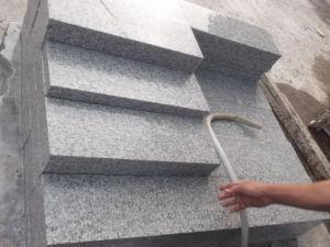 またはKerbstone舗装するか、または壁のクラッディングのためのG655花こう岩の石か灰色の花こう岩のタイル