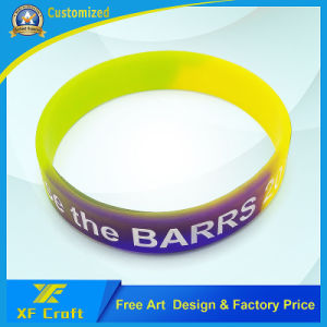 Il professionista ha personalizzato i braccialetti stampati della gomma di silicone per attività (XF-WB18)