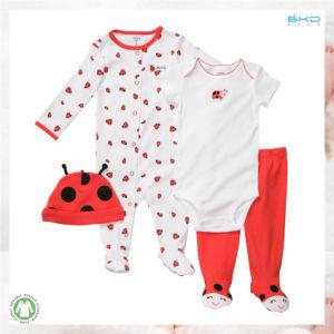 柔らかいHandfeelの新生の衣服OEMの赤ん坊の衣服はセットした