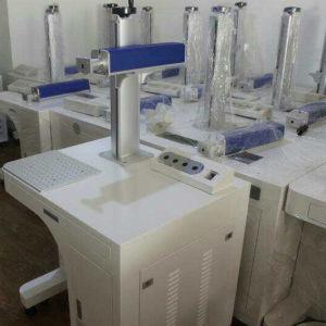 20W/30W 책상 유형 테이블 지원 섬유 Laser 표하기 기계