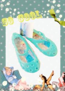 2017人の新しい夏の小型柔らかい子供の靴の子供PVCゼリーのサンダル