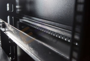 19''data стеллаж с Arc Перфорированные двери распределительного шкафа в сети