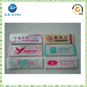 La fábrica de ropa personalizada ropa de marca etiqueta etiqueta tejida (JP-CL105)