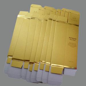 Damas laminados compone la caja con la hoja de oro