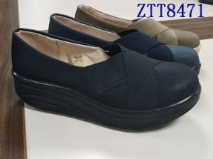 Mode de vente chaude mature de confortables chaussures femmes avec Ztt8471