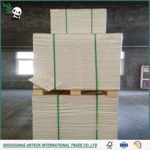Одной стороны мелованной глянцевой слоновой костью системной платы для упаковки