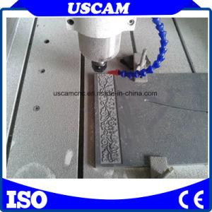 El grabado de metal de CNC Router con la función de movimiento de la mesa