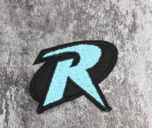 Diseño del logotipo de la marca insignia de Custom-Made bordado al por mayor