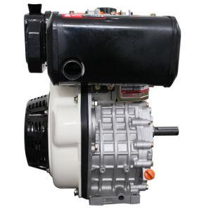 4개의 치기 공기에 의하여 냉각되는 단 하나 실린더 디젤 엔진