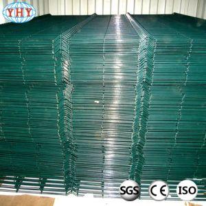 緑PVCは庭のための50X100mm溶接された金網の塀のパネルに塗った