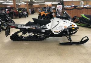 2018 Skidoo Ренегатских Backcountry Cobra 1.6 Rotax 850 E-Tec Rev Gen4 белого цвета черный на снегоходе.