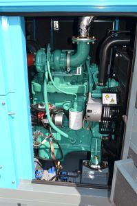 세트 120kw를 생성하는 물에 의하여 냉각되는 힘