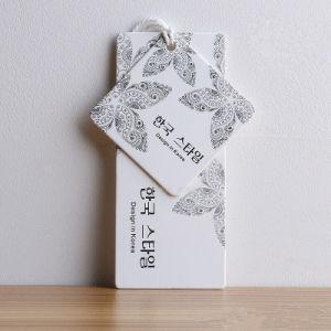 중국 OEM 로고를 가진 주문 호화스러운 인쇄 걸림새 꼬리표