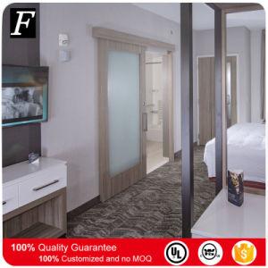 Springhill Suites Hotel deslize a porta banheiro com inserto de vidro obscura