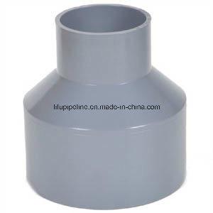 Montaje del tubo de PVC de gran diámetro estándar DIN para el suministro de agua