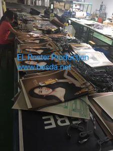 EL del manifesto di EL di Eletroluminescent che fa pubblicità al EL del comitato che fa pubblicità al contrassegno del tabellone per le affissioni