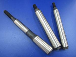 Girando la parte metálica de piezas de mecanizado CNC de precisión de piezas de repuesto del eje
