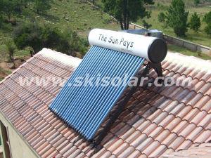 Цвет Non-Pressure утвержденном CE стали солнечных водонагревателей (SKI-NB)
