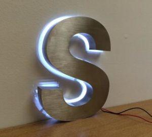 Farbenreiche LED-Bildschirmanzeige mit LED-Beleuchtung und im Freienbekanntmachenbildschirmanzeige