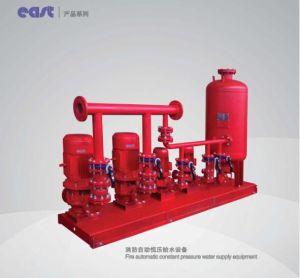 La lucha contra incendios de un completo equipamiento