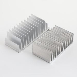 На заводе пользовательский профиль алюминиевый радиатор металлическая