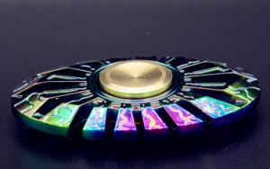 Los peces mariposa Dedo Dedo reductor de la spinner Raytheon Gyro Egipto Fingertip juguetes para adultos de descompresión de aleación de zinc