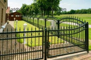 装飾的な塀の高品質の現代溶接された錬鉄の塀