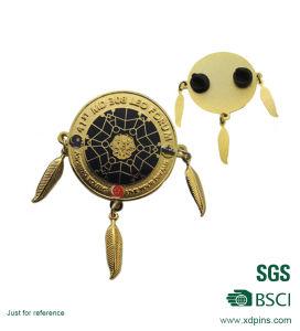 BSCI 공장 가격 금속 로고 긴 바늘 접어젖힌 옷깃 Pin (XD-MK-01)