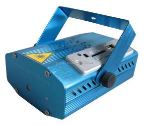 MP3プレーヤーが付いている卸し売り小型レーザープロジェクターライト6パターンレーザー光線およびリモート・コントロール