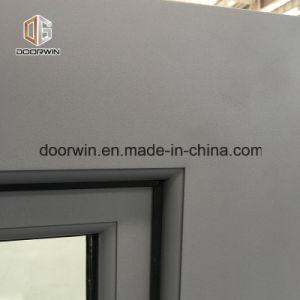 A inclinação de alumínio de madeira de carvalho maciço&Gire a janela (Oriente Médio)