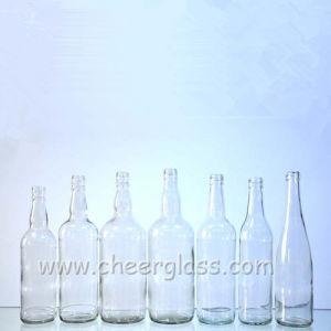 La Chine fabricant de l'alcool flacon en verre clair pour la Vodka/Brandy/Whiskey