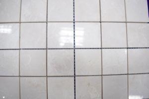 直接工場ベージュ磨かれた正方形の大理石のモザイク・タイル