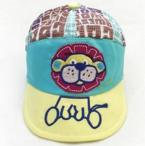 赤ん坊少しピーク帽子