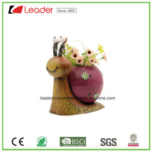Metal Hand-Pained figurita de abeja sembradoras de jardín para el césped decorativo