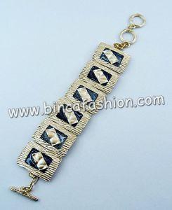 De Armbanden van de manier (BRA05145)