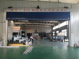 Portelli ad alta velocità industriali della saracinesca del PVC, rotolamento veloce del tessuto di plastica automatico sul portello