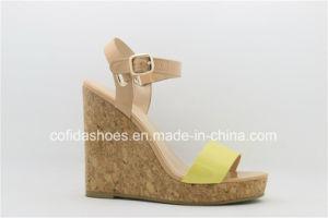 La mode de confort élevé talons femmes sandale de filtre en coin
